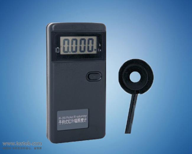 IR-200 辐照计/照度计